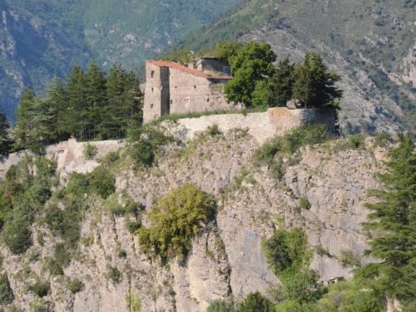 Vestiges du château médiéval de Piène